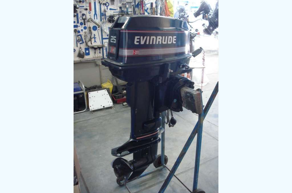 1990 Evinrude 25HP 2 Stroke - SOLD for sale in New Zealand on Marine Hub
