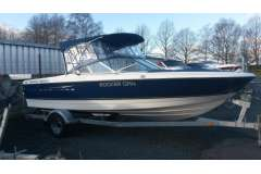 2010 Bayliner Discovery 215