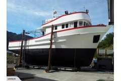 19m Charter Boat