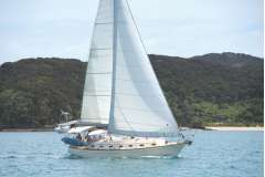 Island Packet 420 - Offshore Cruising and Local Sailing in Luxury & Quality