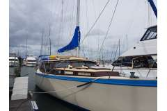 Stewart 45 - very comfortable cruiser, live-aboard who sails well too!