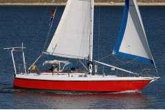 RW41 Yacht (3 Cabins)