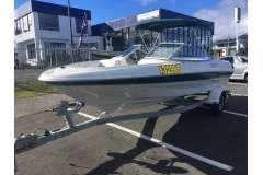 2000 Bayliner 2050 LX