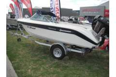 Buccaneer 440 Esprit Runabout (As New!!)