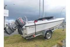 Superior Sprinter Ski Boat, 1998