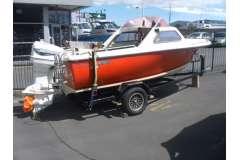 Fi-Glass Scamp Cabin Boat