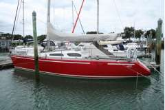 Rochfort 10.7 Cruiser/racer yacht for sale
