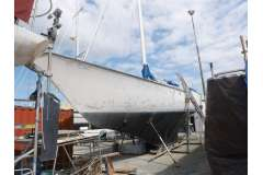 15m GRP YACHT IS OFFERED FOR TENDER
