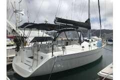 Beneteau Cyclades cruising yacht