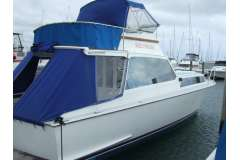 Vindex 32  plus would sell 10 mtr Sulphur Point Marina berth