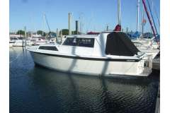 Pelin Sterling 26 + 8 mtr Sulphur Point Marina berth.