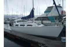 Alan Wright Lotus 11.1 + 12 mtr Sulphur Point Marina berth