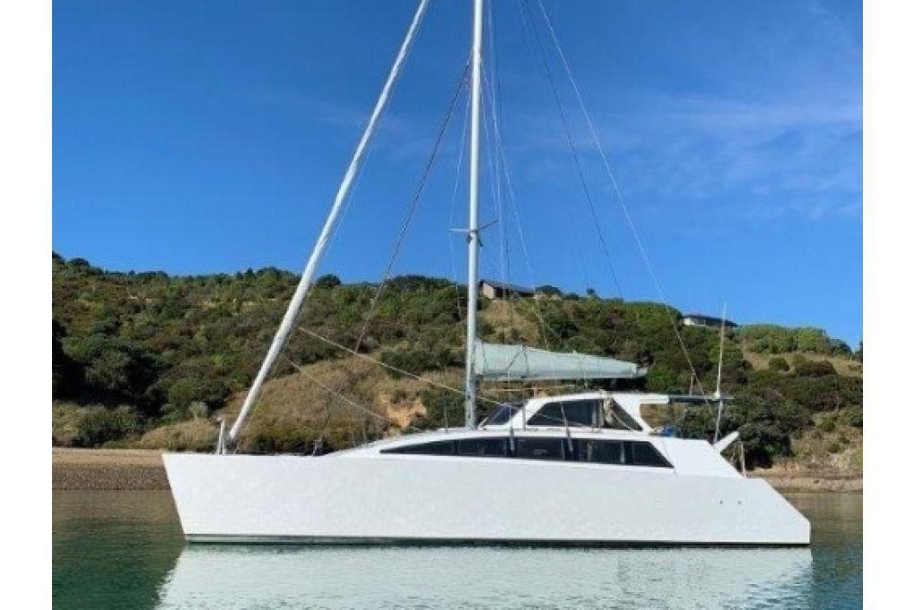 2012 Easy 10 Catamaran