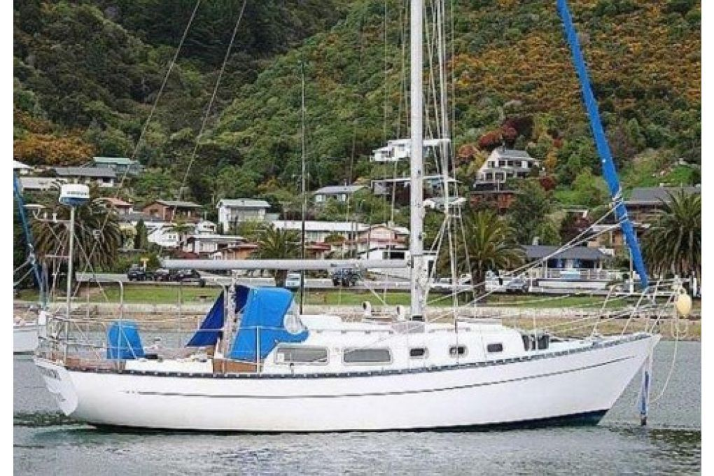 Cape Carib 33 Sloop