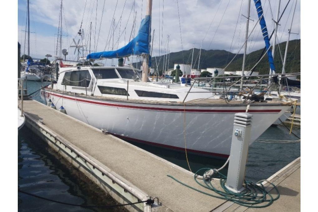 11m Motor sailer