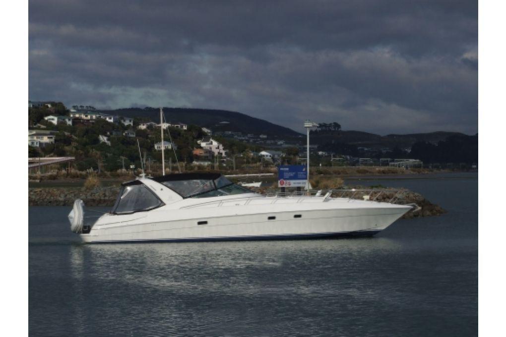 Riviera M4300