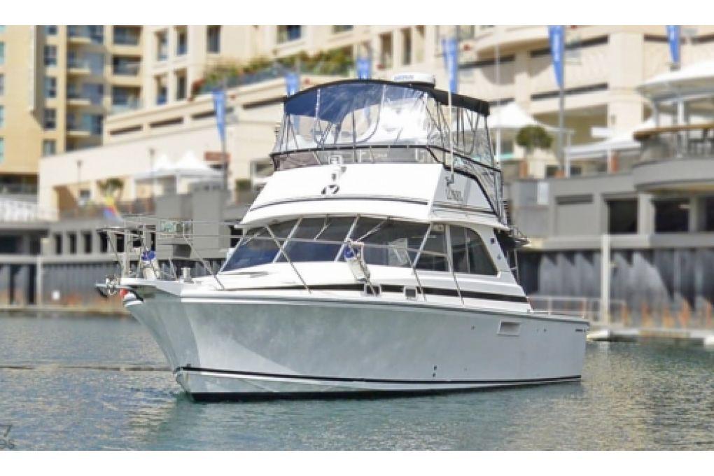 Caribbean 35 F/B Cruiser